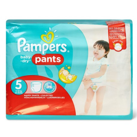 96 Couches Pampers Baby Dry Pants taille 5 de Starckman